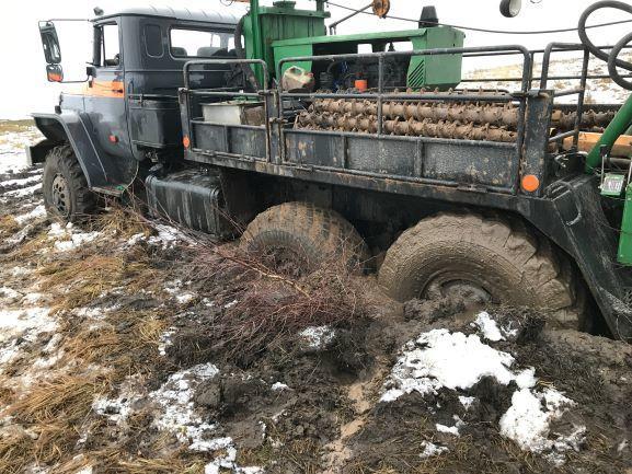 חילוץ משאיות בשטח